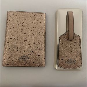 Coach Luggage Tag&Passport Set In Shimmering Gold